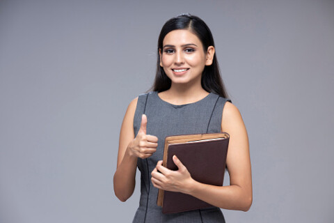 How to Successfully Pull Off a Business Casual Look at a Job Interview (The Muse)